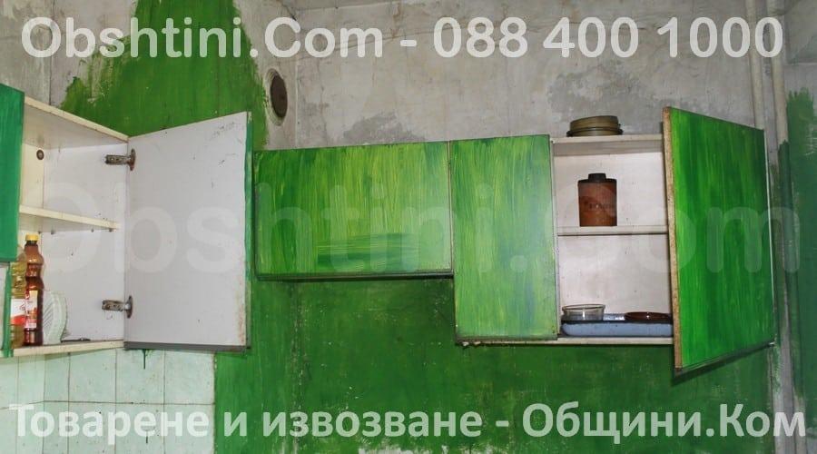 Изхвърляне на стари мебели във Варна